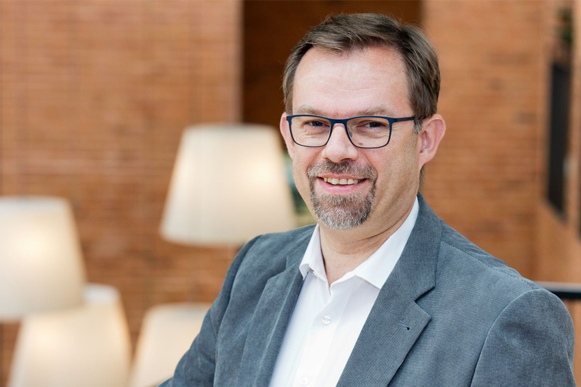 Trainer Oliver Beyer